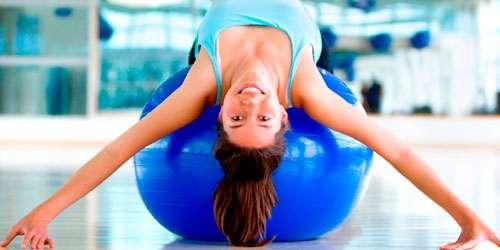 praticar-Pilates-com-bola